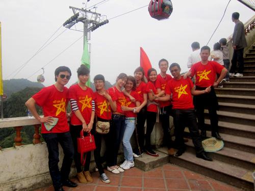 Du xuân lễ hội Chùa Hương
