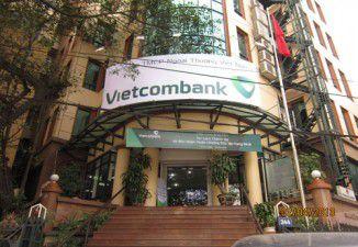 Thiết kế và thi công biển quảng cáo ra mắt logo mới ngân hàng Vietcombank