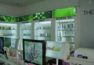 Thiết kế showroom mỹ phẩm The Face shop