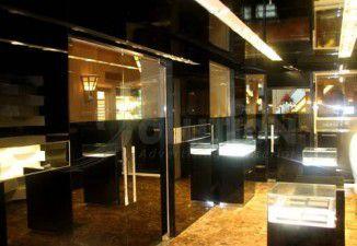 Thiết kế, thi công showroom điện thoại Vertu
