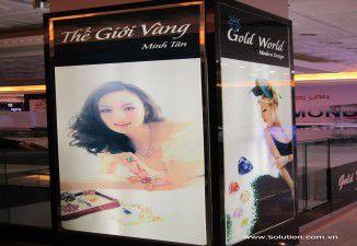 Thiết kế thi công nội thất showroom vàng Minh Tân Tràng Tiền Plaza