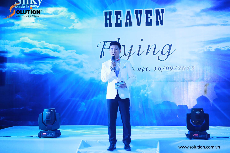 Mở đầu sự kiện là lời giới thiệu của MC Việt Tú