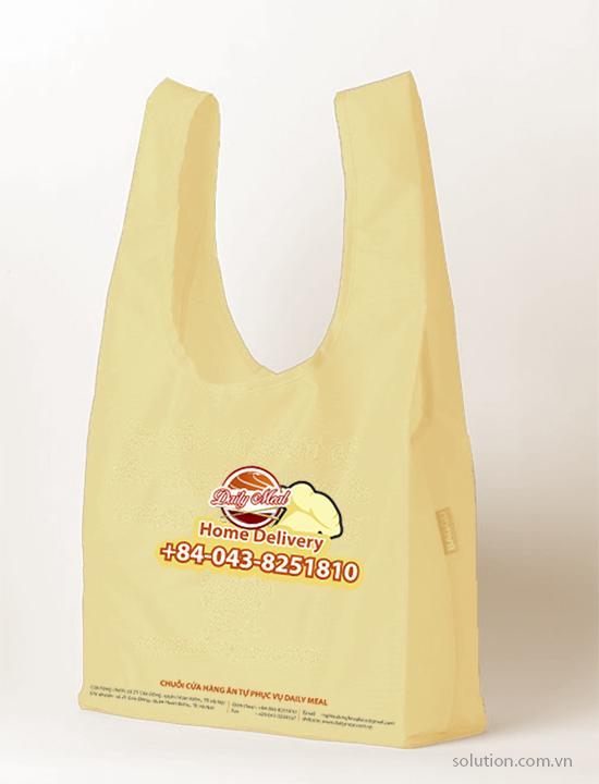 túi nilon của chuỗi cửa hàng ăn tự phục vụ daily meal