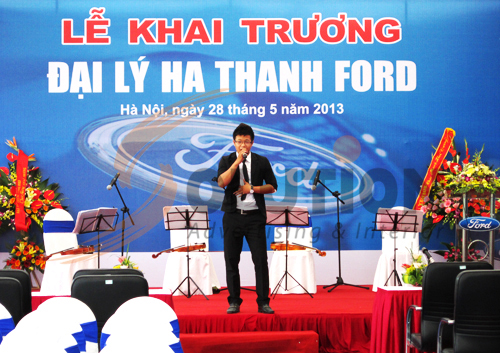 Tổ chức sự kiện lễ khai trương đại lý Hà Thành Ford, biểu diễn ca nhạc (2)